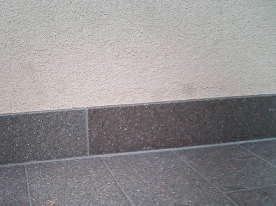 Porphyry risers and skirting